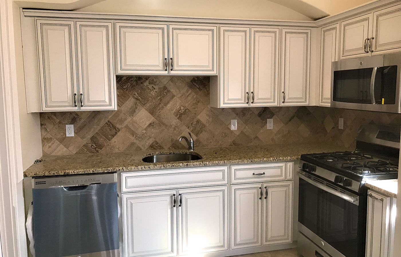 Custom Kitchen Remodel - Rochester, NY - Craftworks Custom Cabinetry - Rochester, NY