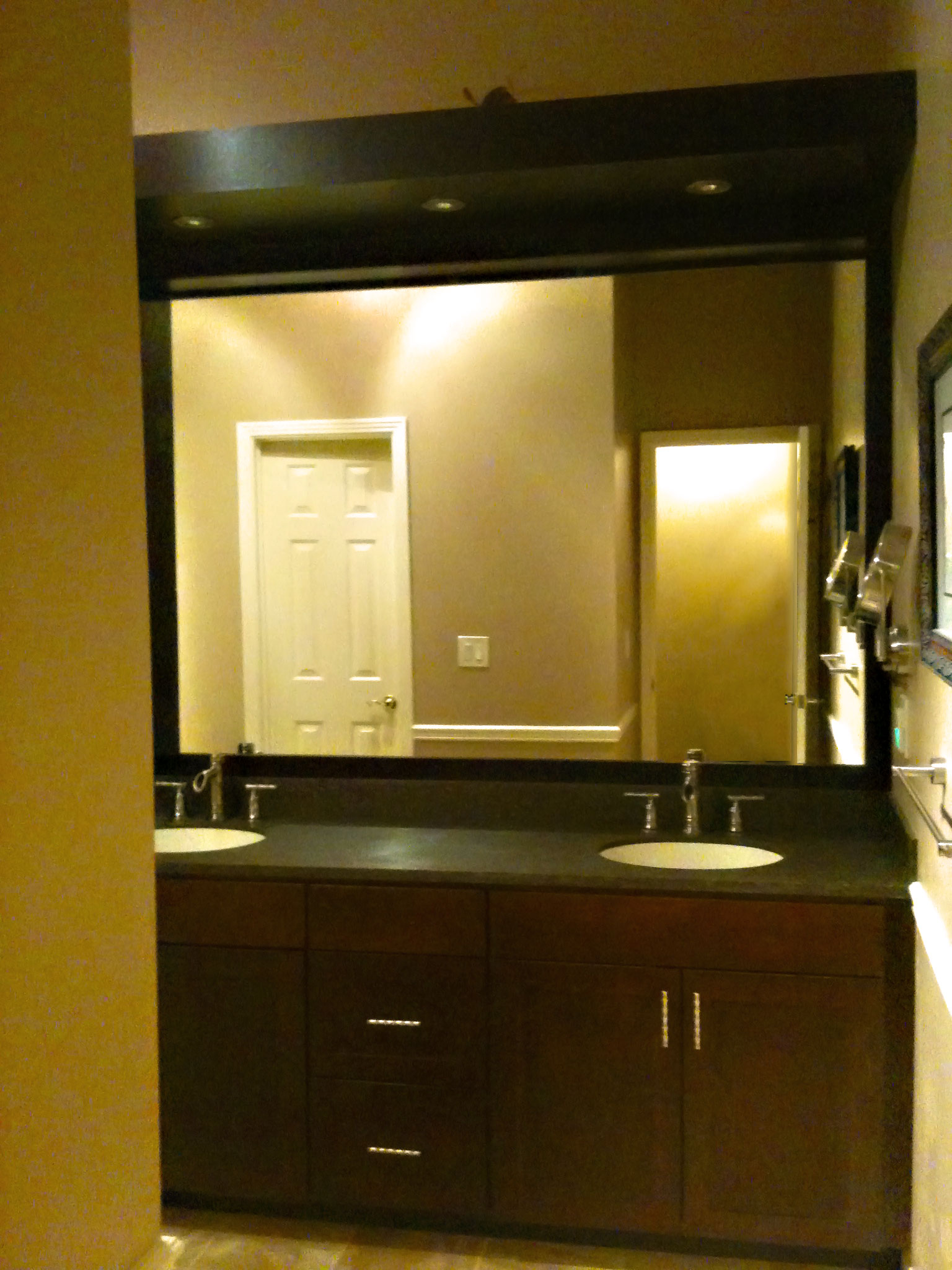 Custom Bathroom Cabinetry & Vanity - Craftworks Custom Cabinetry - Rochester, NY