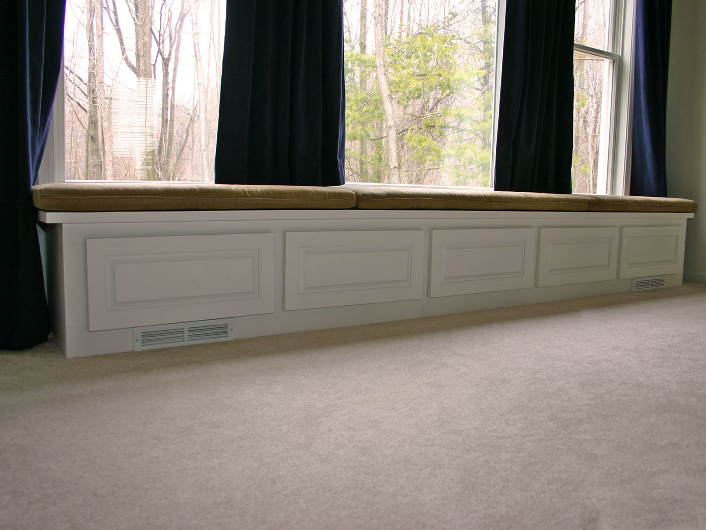 Built-in Window Bench - Craftworks Custom Cabinetry - Rochester, NY