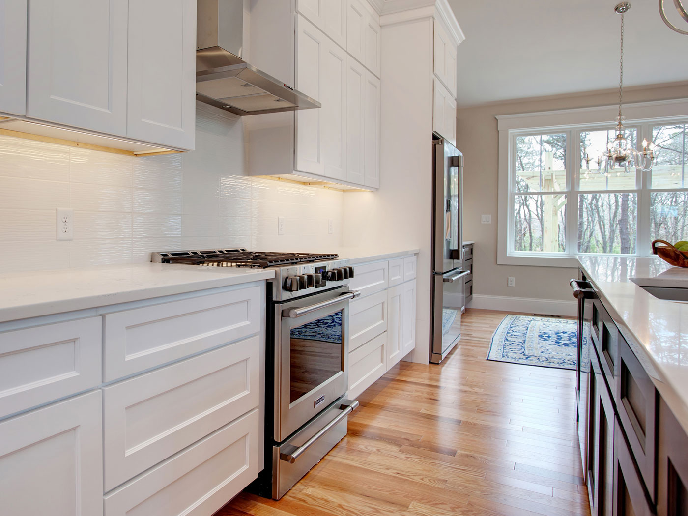 Standard Kitchen Cabinets White - Craftworks Custom Cabinetry - Rochester, NY