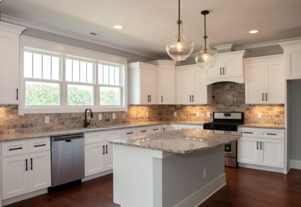 White Contemporary Kitchen Pittsford NY - Craftworks Custom Cabinetry - Rochester, NY